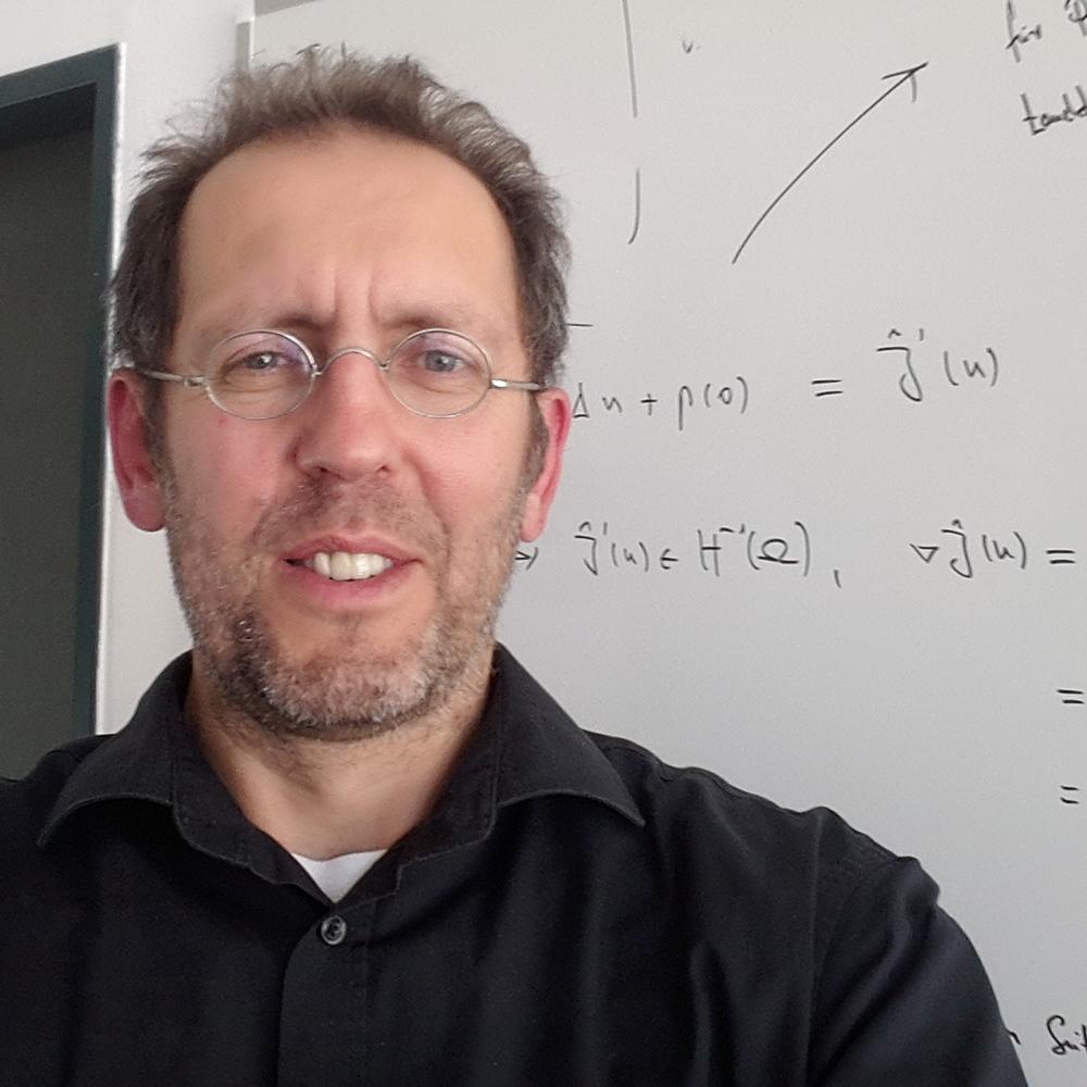 Michael Hinze