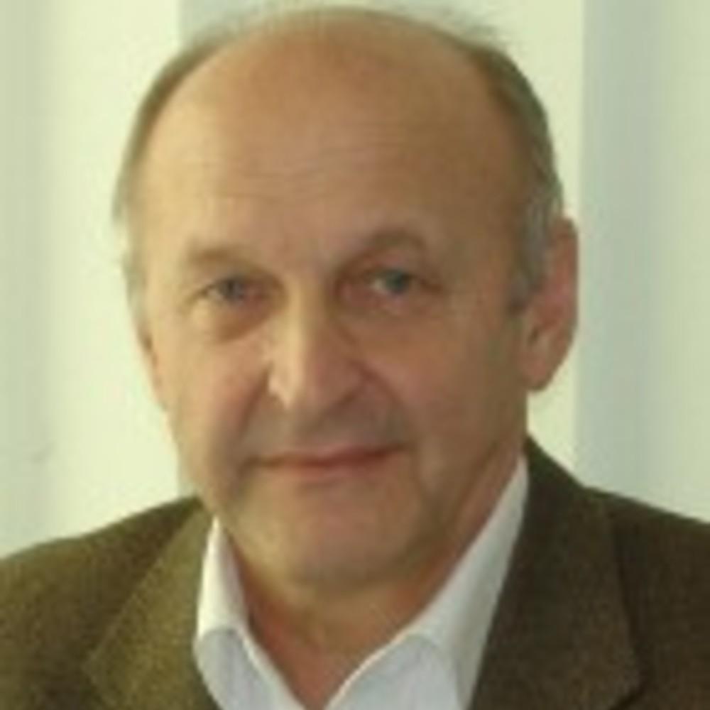 Armin Gruen